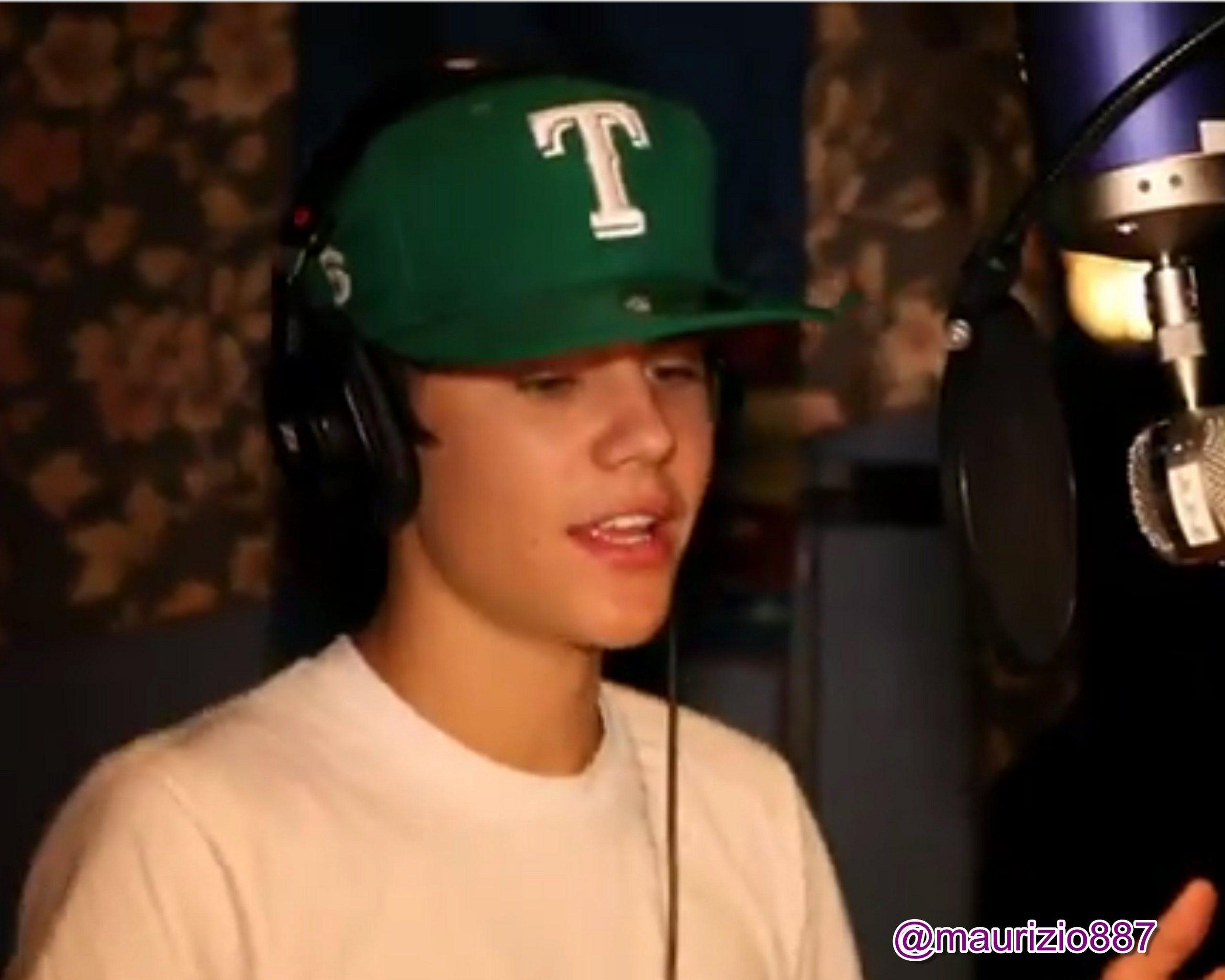 BOYFRIEND - Behind the scenes - Justin Bieber Photo ...