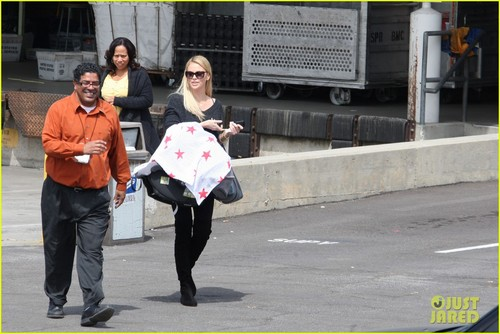 Charlize Theron & Baby Jackson: Post Office Run