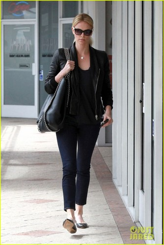 Charlize Theron: Sushi Park Lunch