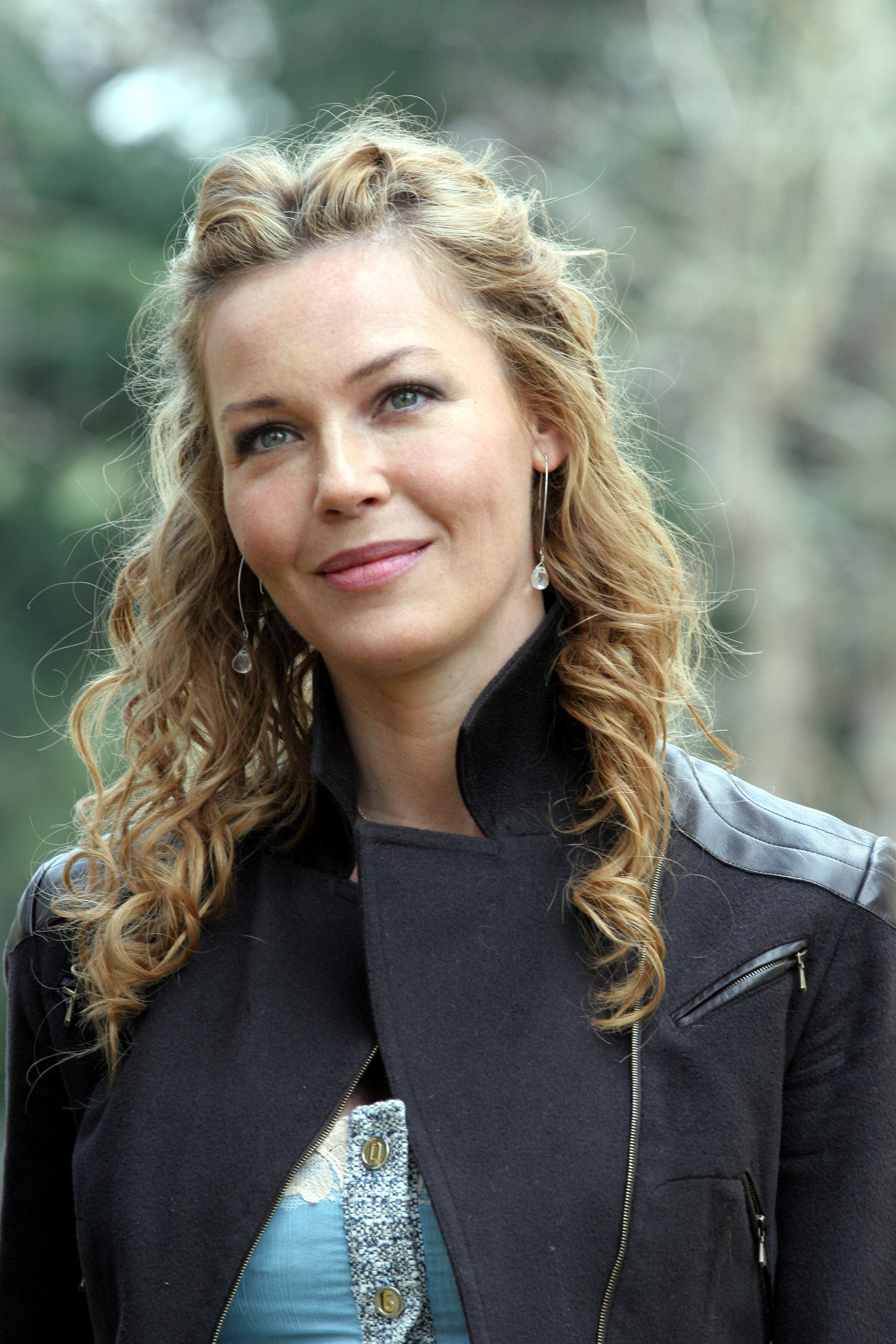 Connie - connie-nielsen Photo - Connie-connie-nielsen-30044704-1707-2560