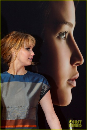 Jennifer Lawrence: Bonus for 'Hunger Games' Success?