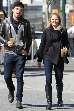 Jennifer Morrison & Sebastian Stan - Vancouver - 24/03/2012