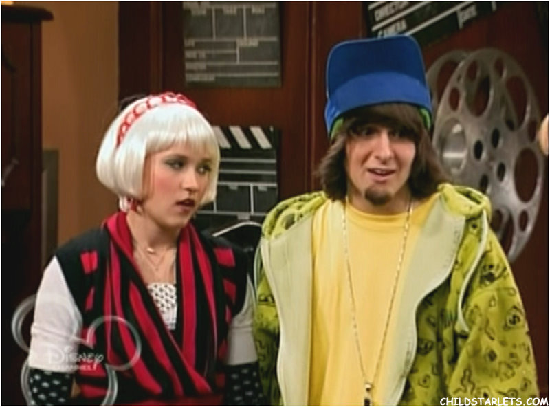 is emily osment dating mitchel musso