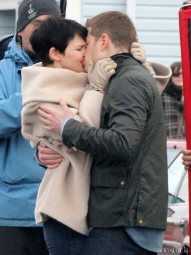 articles prince charming josh dallas talks snow white ginnifer goodwin once