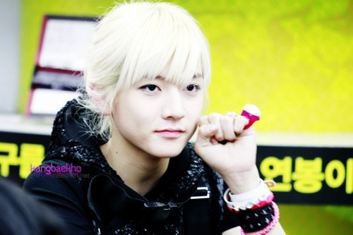 Ren! ♥ - nuest Photo