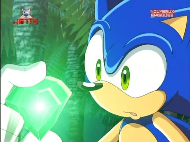 Sonic and  Green Chaos Emerald