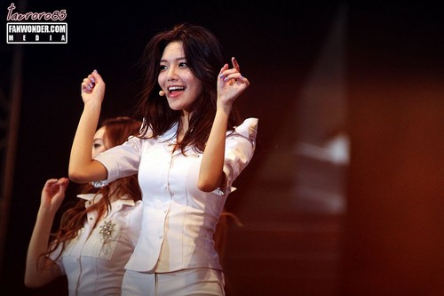 Sooyoung @ Twin Towers@Live 2012 সঙ্গীতানুষ্ঠান