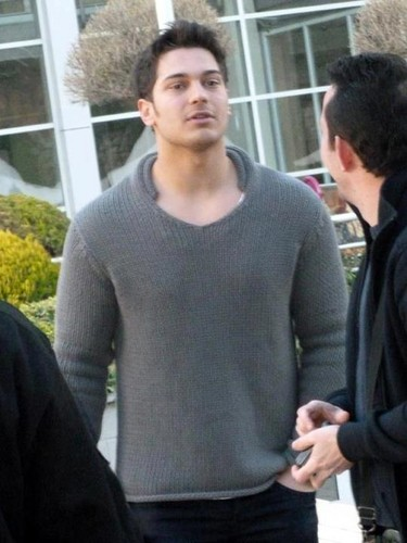 ADINI FERIHA KOYDUM wallpaper probably containing a pullover entitled cağatay ulusoy