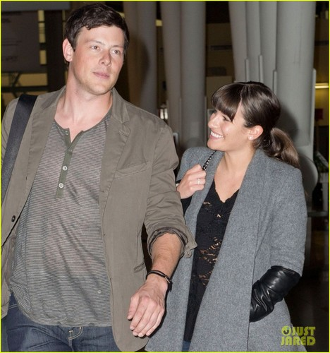 Cory Monteith fond d'écran probably containing a business suit and a well dressed person titled lea-michele-cory-monteith-jfk-01