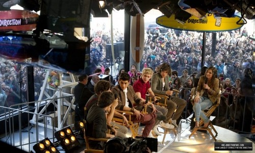 1D at Musique Plus Studios in Montreal, Canada. ♥