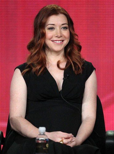 Alyson Hannigan wallpaper titled Alyson Hannigan 2012 <3