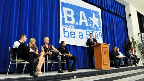 Be A star, sterne Rally At John F. Kennedy Middle School