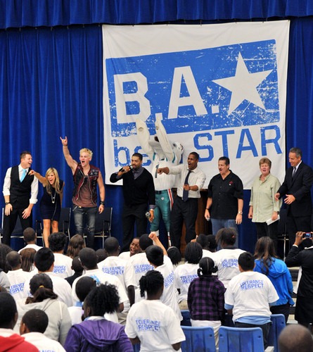 Lilian Garcia wallpaper with a concert called Be A Star Rally At John F. Kennedy Middle School