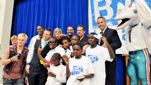 Lilian Garcia wallpaper entitled Be A Star Rally At John F. Kennedy Middle School