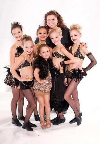 Dance Moms girls with Abby