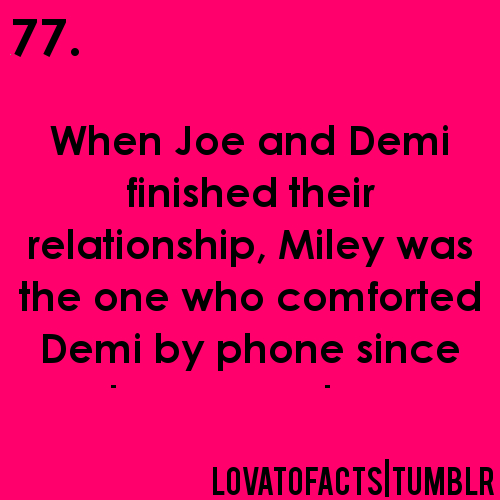 Demi Lovato's facts♥♥