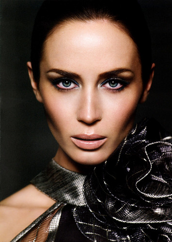 Emily Blunt - demolitionvenom Photo