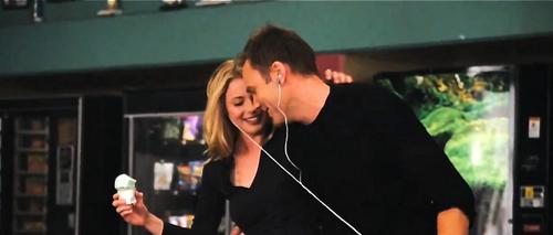Jeff & Britta प्यार <3