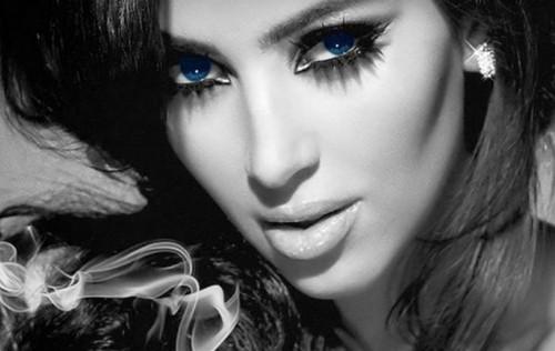 Kim Kardashian Smokey Eye Pic