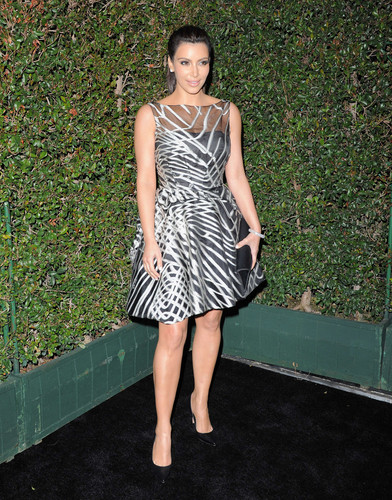 Kim Kardashian at Valentino Rodeo Drive Flagship Opening - kim-kardashian Photo