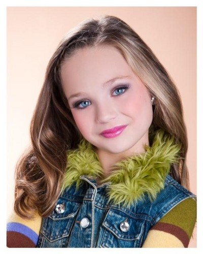 Maddie's Season 2 Pyramid Picture - dance-moms Photo