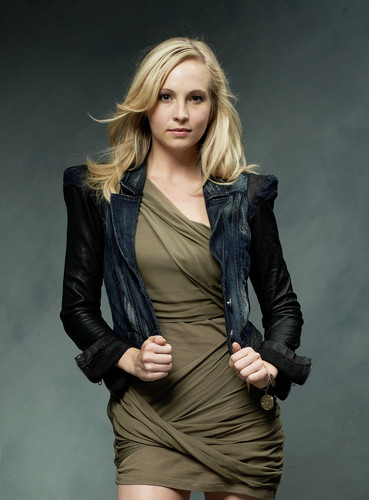 New S2 Promo photo with Candice