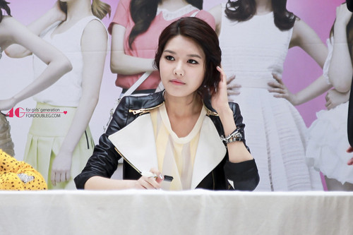 Sooyoung @ Lotte Department Fan Signing Event - sooyoung Photo