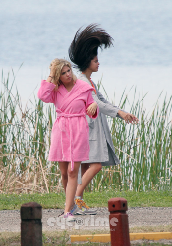 Spring Breakers candids from this morning