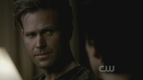 Vampire Diaries – Fernsehserie Hintergrund possibly with a portrait called The Vampire Diaries 3x18 The Murder of One HD Screencaps