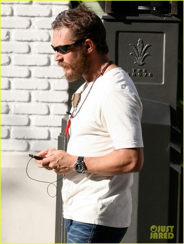 Tom goes out shopping at The Grove on Tuesday (March 27) in West Hollywood, California