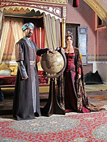 Valide ve Sulejman