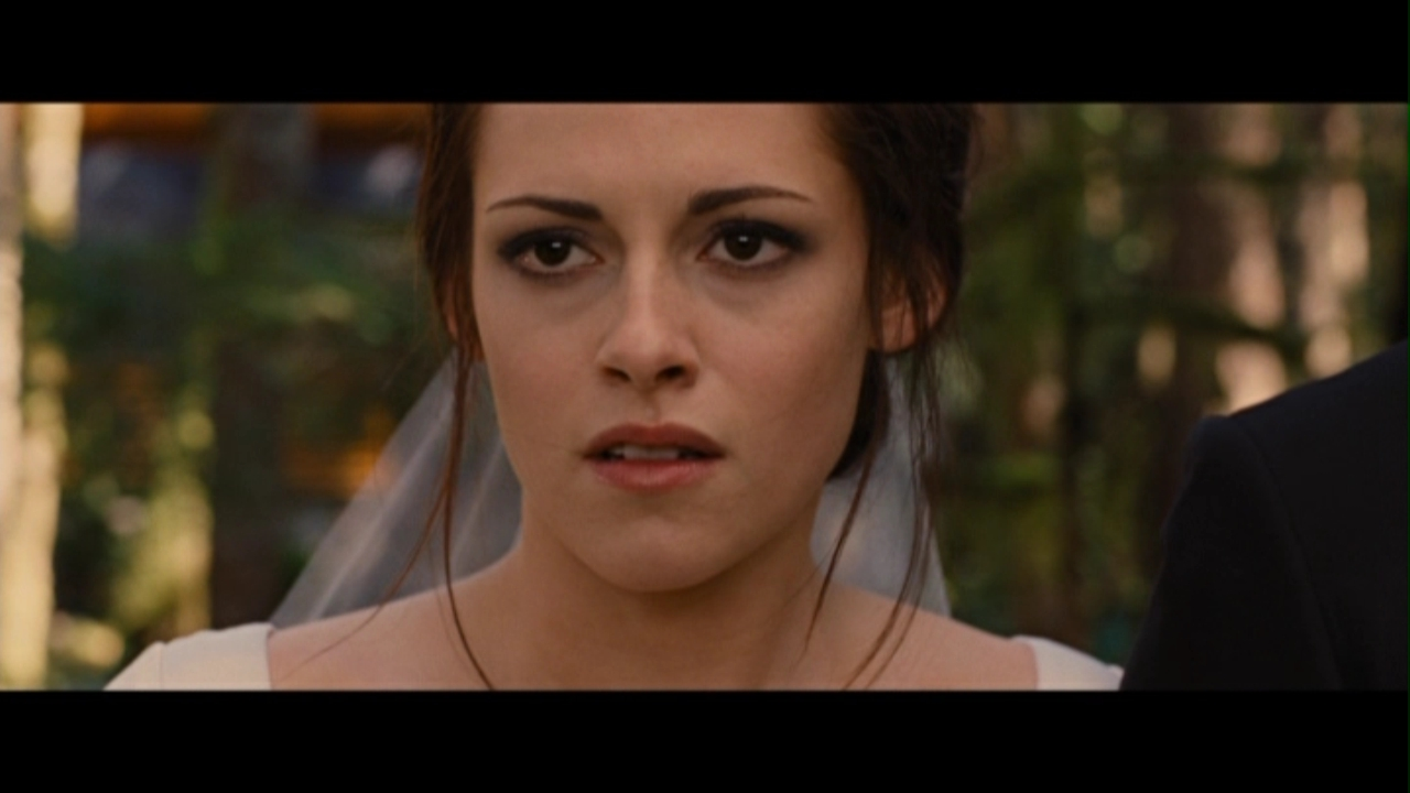 The twilight saga: breaking dawn - part 1&; {hd full movie screencaps