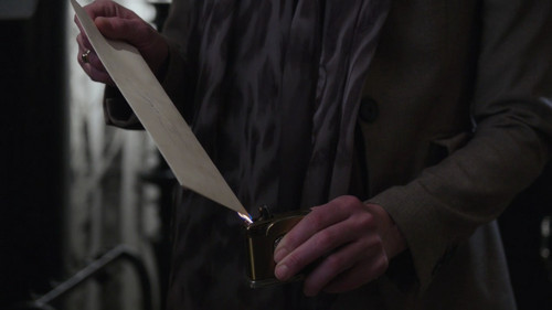La Méchante Reine/Regina Mills fond d'écran with a spatule and a cleaver entitled 1x13 - What Happened To Frederick