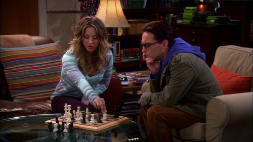 The Big Bang Theory wallpaper with a brasserie and a reading room called 2x18 : The Werewolf Transformation