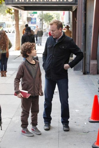 "Behind the scenes of ""Touch""/ Kiefer Sutherland and David Mazouz"
