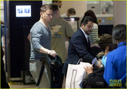 Channing Tatum & Jenna Dewan: LAX Sweethearts - channing-tatum-and-jenna-dewan Photo