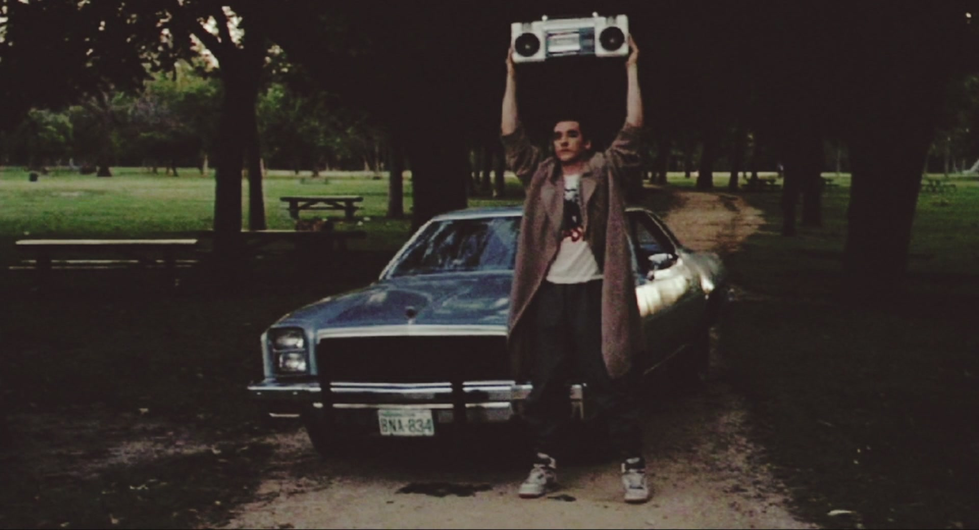 Джон кьюсак с магнитофоном