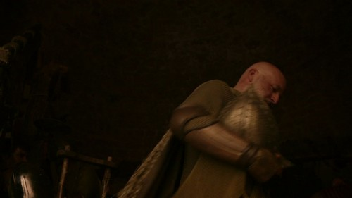 "Game of Thrones 2x01 - ""The North Remembers"" - game-of-thrones Screencap"