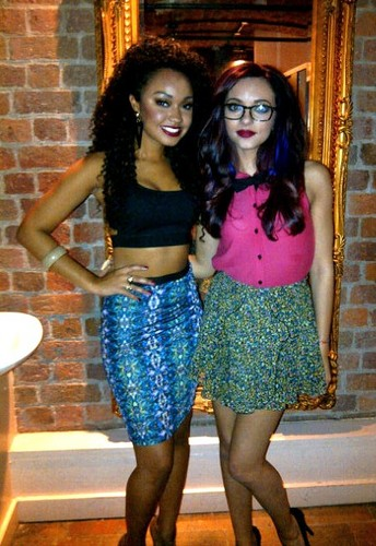Little Mix fond d'écran called Jade and Leigh-Anne! <3