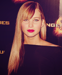 Jennifer Lawrence wallpaper possibly with a well dressed person and a portrait entitled Jennifer ♥