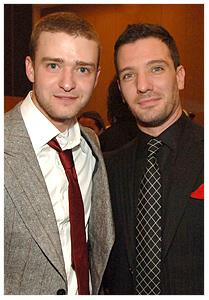 Justin Timberlake and JC Chasez Hintergrund with a business suit, a suit, and a windsor tie titled Justin Timberlake and JC Chasez