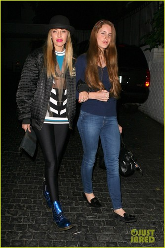 Lana Del Rey: chateau Marmont Night Out