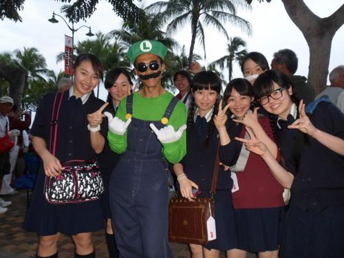 Luigi gets schooled!