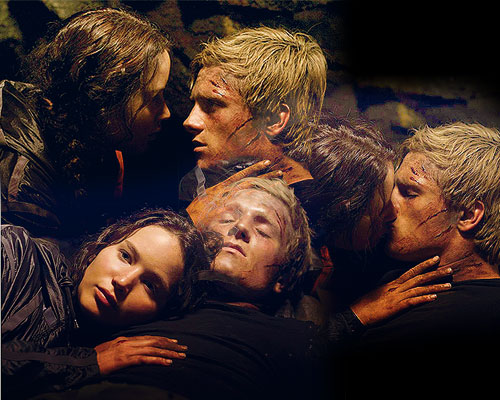Peeta Mellark and Katniss Everdeen wallpaper entitled Peeta and Katniss