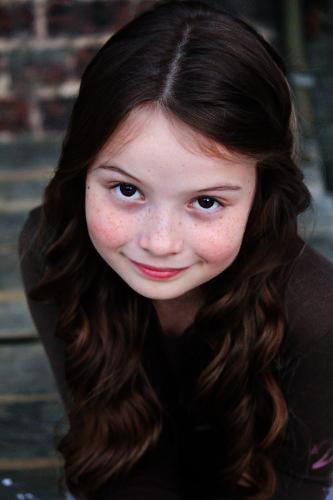 Rachel St Gelais as Renesmee Carlie Cullen