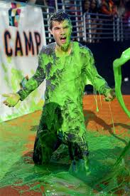 Taylor got slimed Kids' Choice Awards 2012