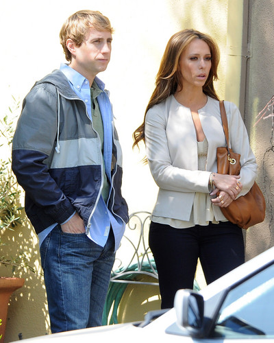 The Client liste Set In Los Angeles [27 March 2012]