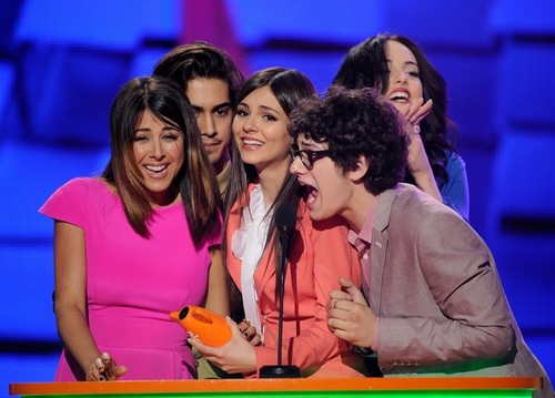 Victoria Justice at the 2012 KCAs award ceremony