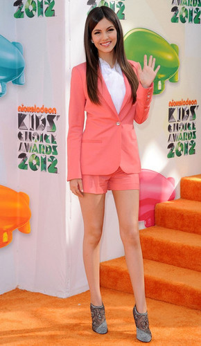 Victoria Justice wallpaper probably containing bare legs, hosiery, and a playsuit titled Victoria Justice at the 2012 KCAs