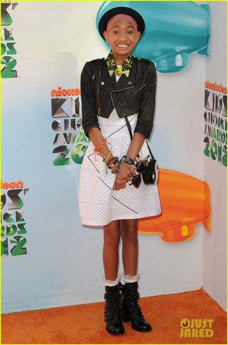 Will, Jada, Jaden, & Willow Smith - Kids' Choice Awards 2012 - willow-smith Photo